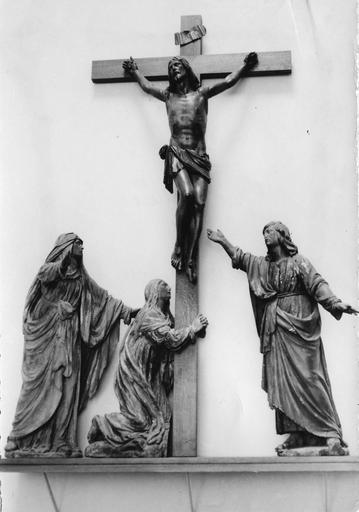 Groupe sculpté : Le Calvaire, bois sculpté