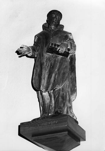 Statue : Saint Dominique (ou saint Bruno selon la fiche Palissy), bois sculpté, peint, doré