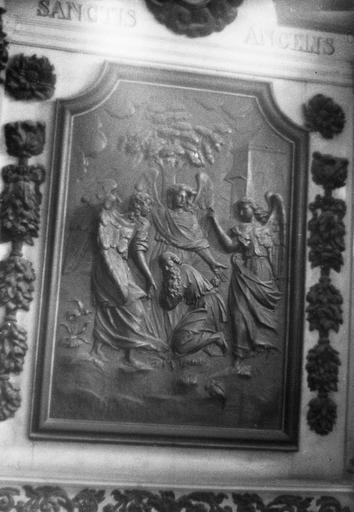 Bas-relief : La visite des trois anges à Abraham, bois sculpté