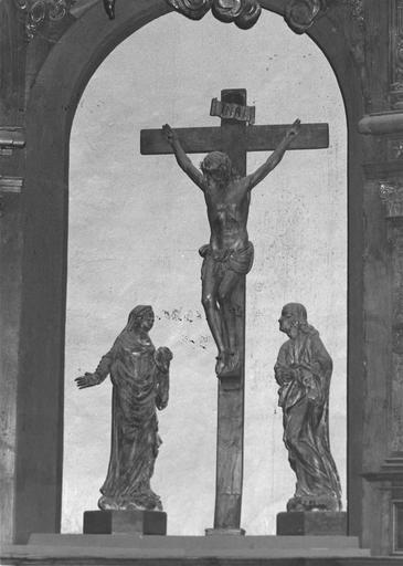 3 statues : La Crucifixion avec la Vierge et saint Jean, bois sculpté