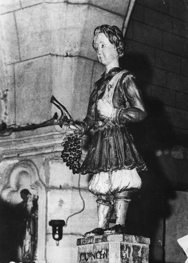 Statue : Saint Vincent, bois sculpté, peint