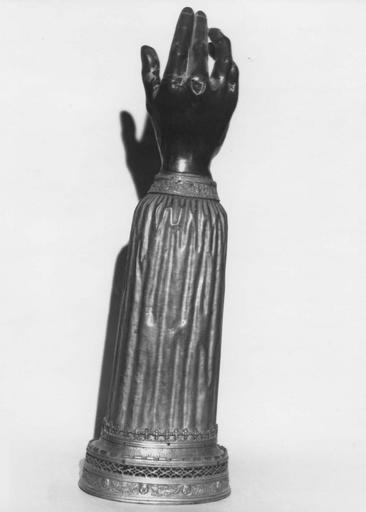 Bras-reliquaire de sainte Ursule en argent, bronze doré, cuivre