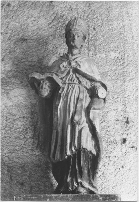 statue (statuette) : Evêque