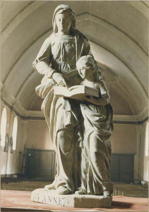 statue : Sainte Anne et la Vierge