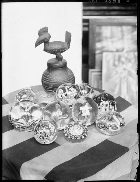 [Les boules de verre] ; Boules de verre et sculpture chez André Lhote