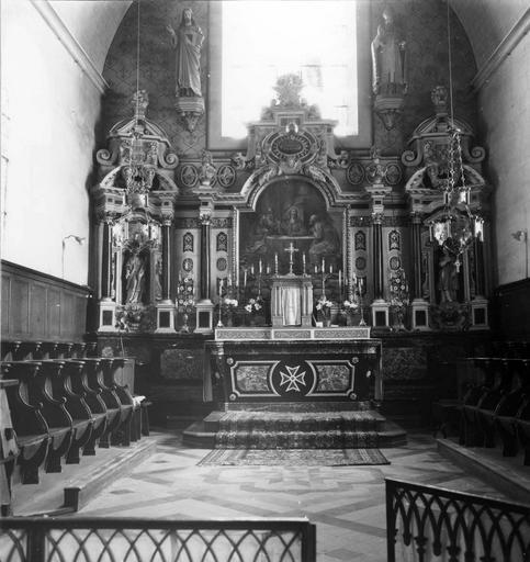 Retable, tableau : Les Disciples d'Emmaüs, 2 statues : Saint Gervais, Saint Protais