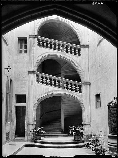 Façade d'escalier