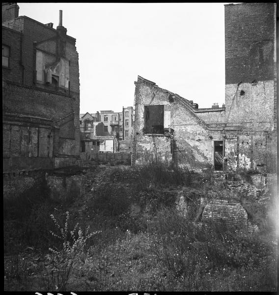 Ruines et maisons