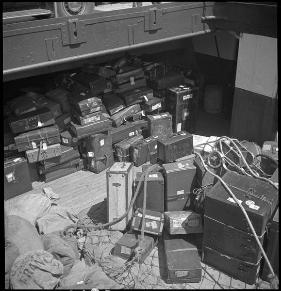 Traversée Angleterre-France : les bagages sur le bateau