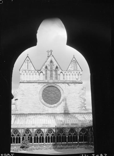 La façade ouest du Chapitre
