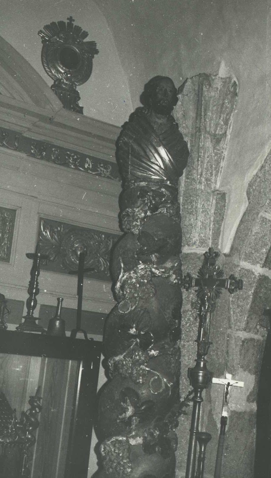 colonnes (fragments d'autel)