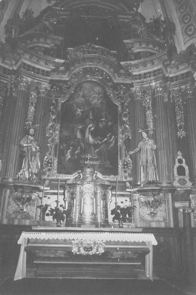 autel, retable, tableau : saint Nicolas, 2 statues : saint Roch, saint Etienne (maître-autel), vue générale