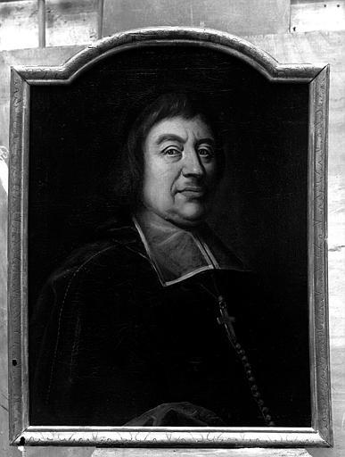 6 tableaux : portraits de Henri Jacques de Montesquiou, évêque de Sarlat, et de cinq autres évêques