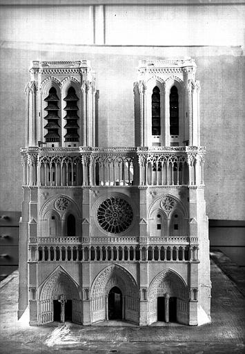 Maquette, façade principale