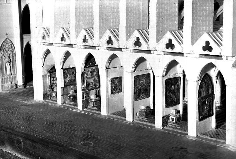 Maquette, côté nord, intérieur des chapelles latérales