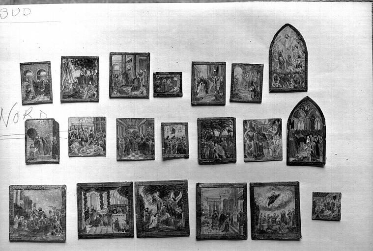 Maquette, tableaux de l'intérieur de la maquette regroupés