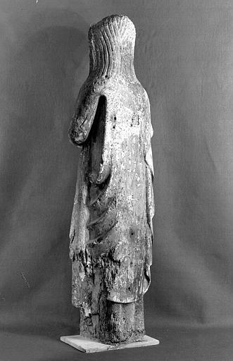 Statue en bois polychrome, dos