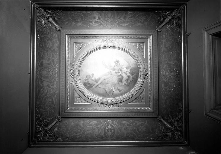 Plafond peint du salon dit des fournisseurs : Apothéose de la femme entourée d'enfants