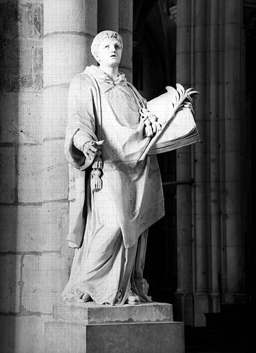 Statue de saint Etienne