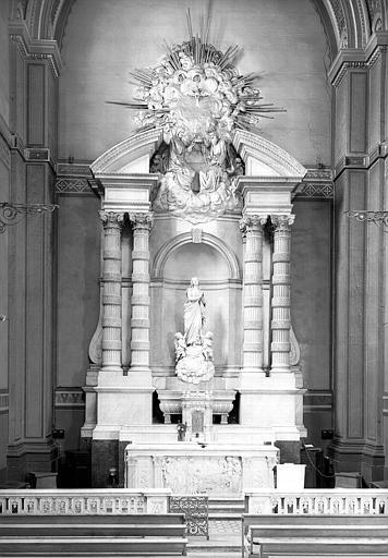 Groupe sculpté : Assomption, chapelle du Sacré-Coeur, autel