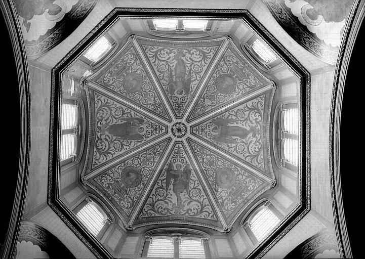 Coupole décorée : Les quatre évangélistes, Les quatre archanges