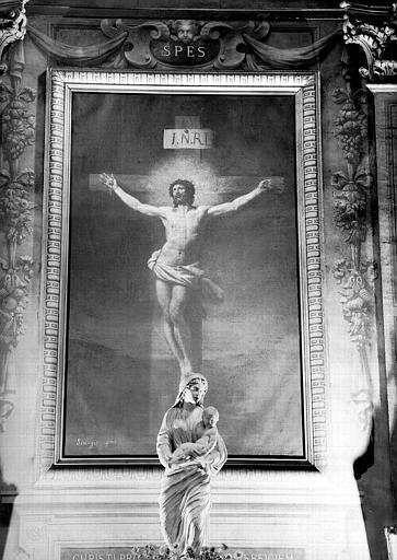 Christ en croix, peinture sur toile de la chapelle