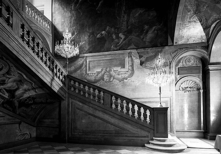 Grand escalier, départ
