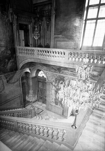 Grand escalier, vue plongeante