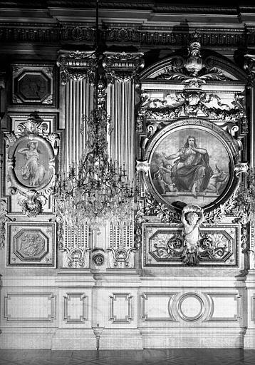 Grande salle des fêtes, détail des lambris