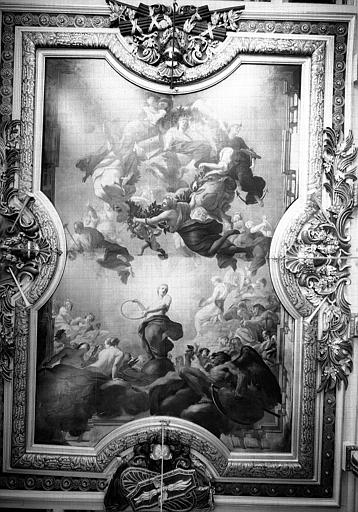 Salle de la Nomination, peinture du plafond : La Royauté soutenue par l'attachement de la ville de Lyon