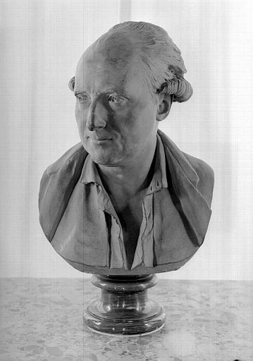 Buste en terre cuite de Palissot de Montenoy, visage de trois-quarts, salle de lecture