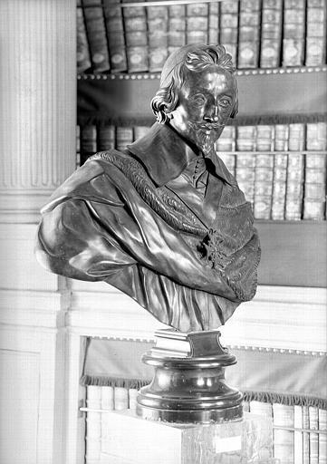 Buste en bronze : Le cardinal de Richelieu, salle de lecture