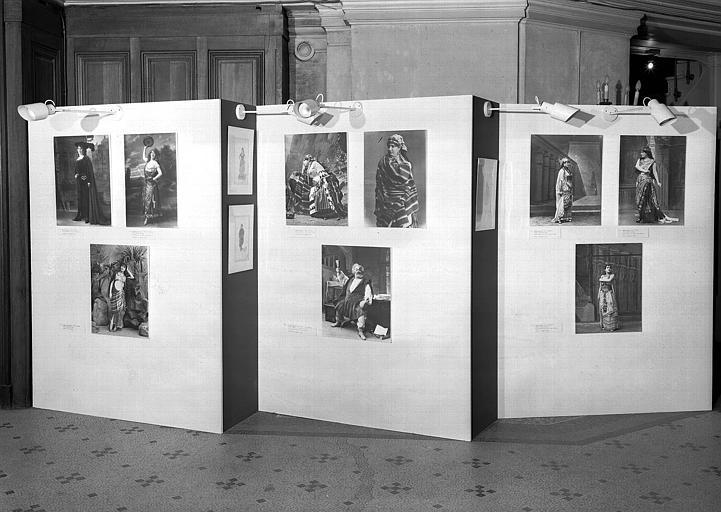 Verdi : Rigoletto (cat. 131,132), L. Delibes : Lakmé (cat. 24), Verdi : Le Trouvère : (cat. 133, 134), Falstaff (cat. 138), Aïda (cat. 135, 137, 136)
