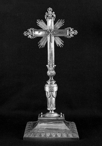 Croix d'autel en argent (revers)
