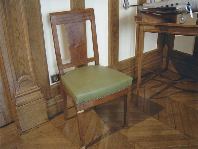Bureau du Général de Gaulle : chaise