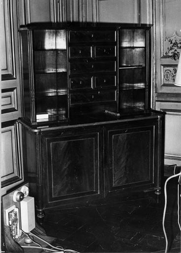 armoire-bibliothèque