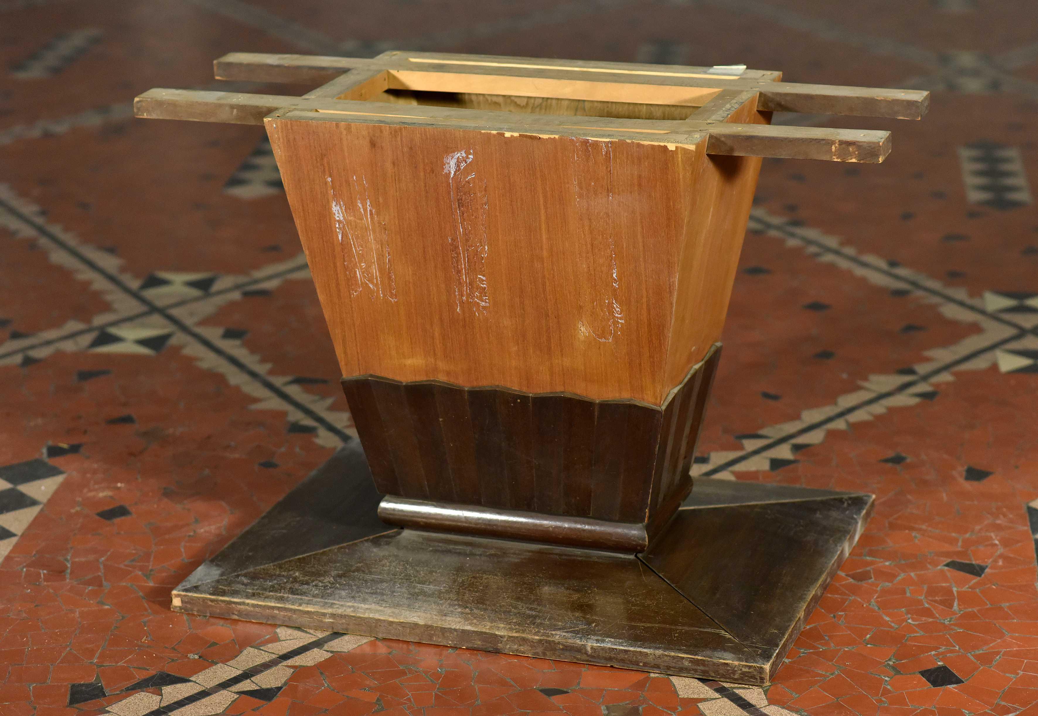 Pied de table (sans plateau)
