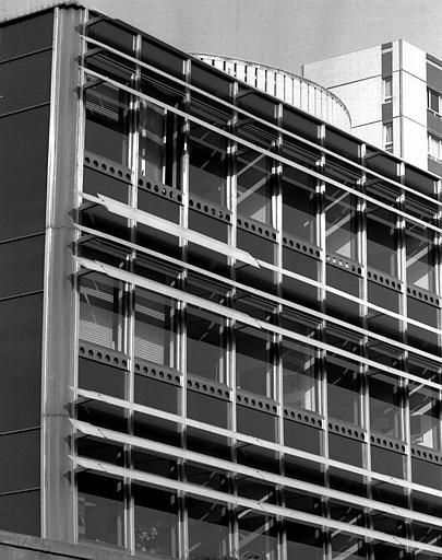 Immeuble de l'EPAD, détail de la façade latérale