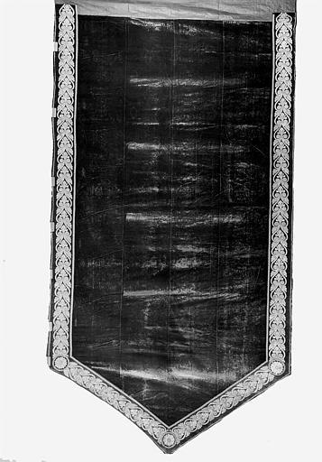 Pente du dais de la pompe funèbre de Louis XVI en velours et fil d'or
