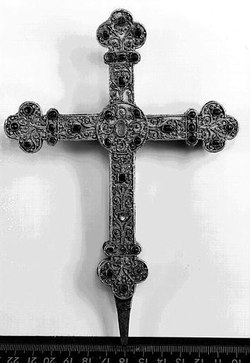 Croix reliquaire filigrannée (avers)