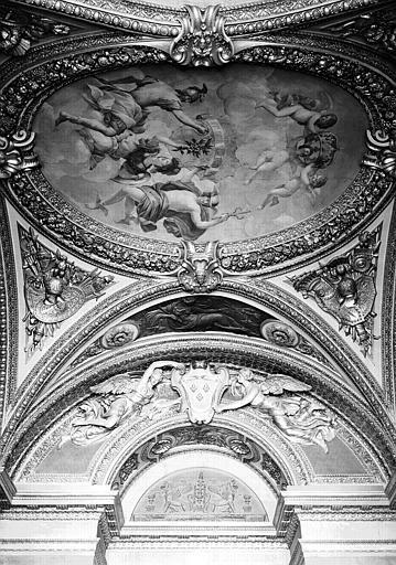 Appartements d'Anne d'Autriche, Salon de la Paix : Vue d'ensemble du plafond vers la porte