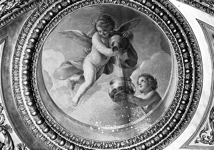 Appartements d'Anne d'Autriche, plafond peint de la Salle des Antonins (ancienne chambre) : Génies des Eaux (médaillon)