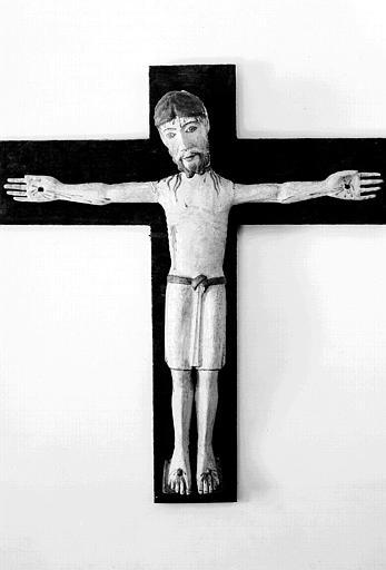 Christ en croix en bois polychrome (face)