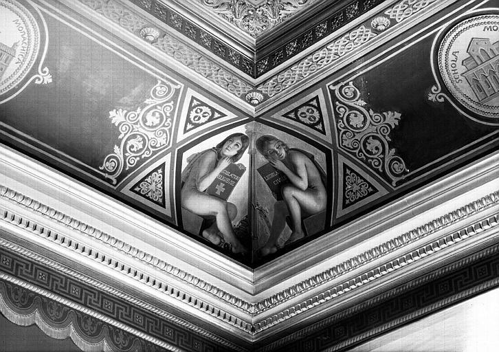 Galerie Campana, voussure à l'angle sud-est de la 7e salle : Génies de la législation civile et religieuse