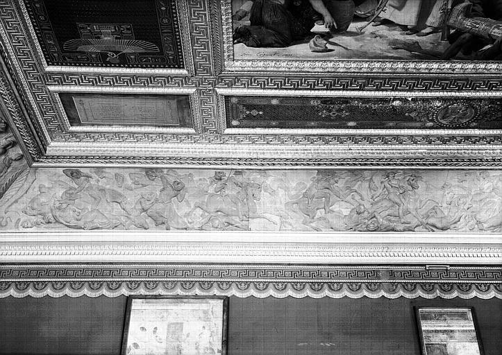 Galerie Campana, frise en bas-relief de la voussure nord de la 9e salle : La Bataille d'Aboukir (partie gauche)