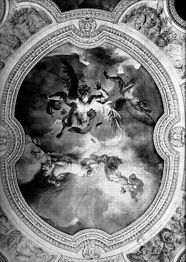 Rotonde, plafond peint du vestibule de la Galerie d'Apollon : La Chute d'Icare