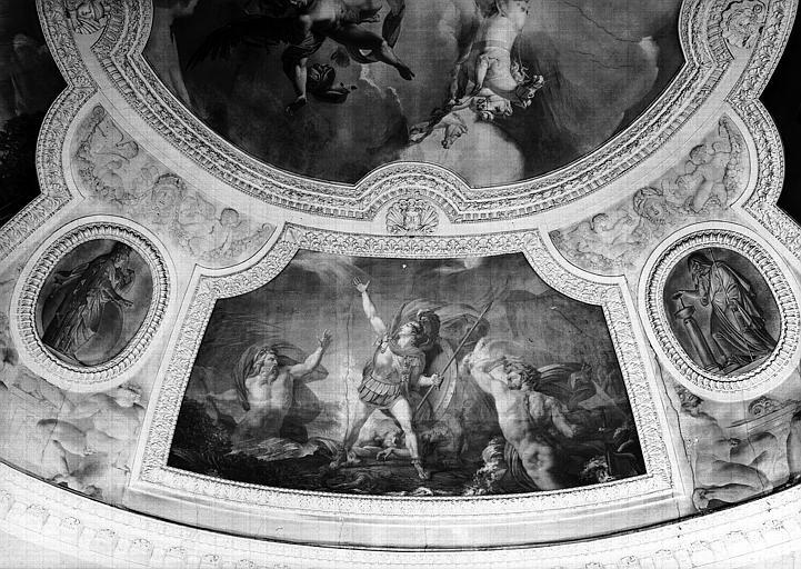 Rotonde, panneau peint du pendentif sud : L'Eau ou Achille près d'être englouti par le Xanthe et le Simoïs (Grisailles)