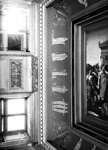 Galerie Charles X, voussure nord de la 1e salle (Salle Clarac) : Quatre Muses et les Trois Grâces (Grisailles), Honneurs rendus à Homère