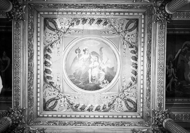 Galerie Charles X, plafond peint de la 5e salle (panneau central) : La véritable Gloire s'appuie sur la Vertu