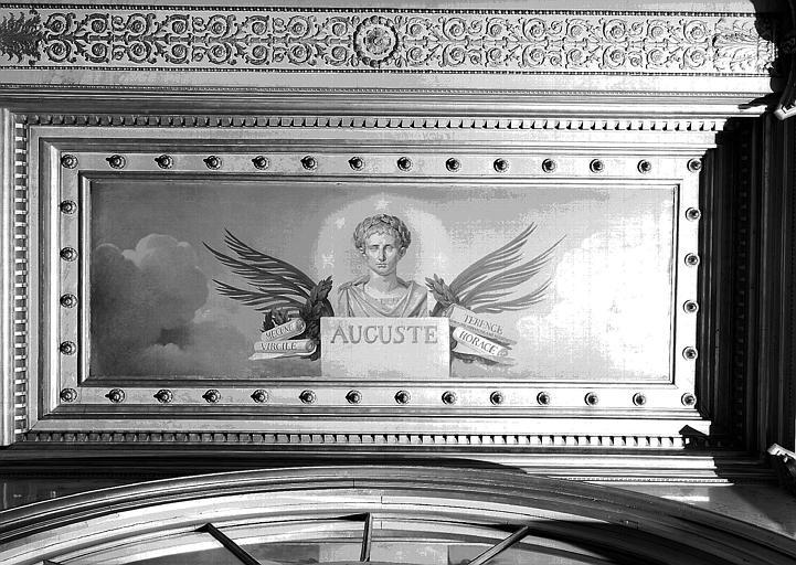 Galerie Charles X, plafond peint de la 5e salle (côté sud) : Auguste